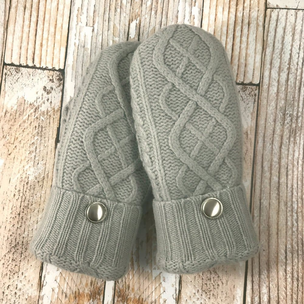 light gray cable mittens